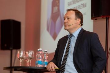 """Arūnas Burinskas: """"ES investicijos verslo konkurencingumui: inovacijoms, skaitmenizavimui ir tvariai plėtrai"""" Foto:Vladimiras Ivanovas"""