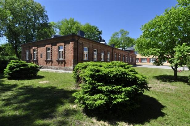 Molėtų r. Alantos gimnazija